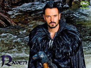 raven_water_800