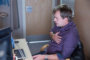embargo-18-nov-coronation-street-steve-2