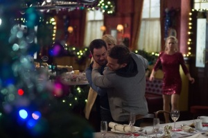 soaps-eastenders-mick-carter-attacks-dean-wicks-1